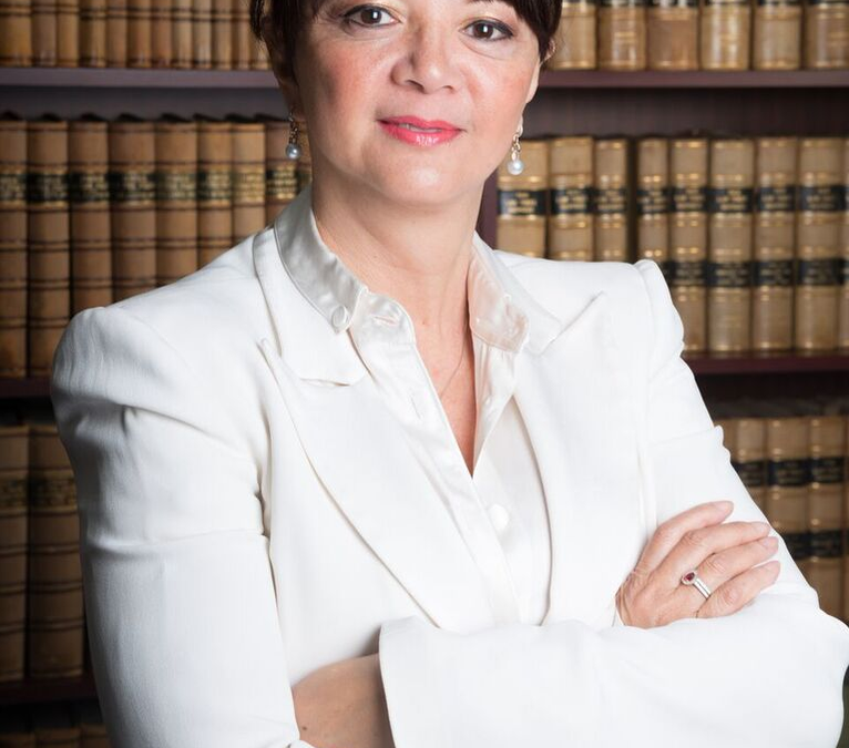 "About ""Guardianship and Wills"" with Cynthia Trench, the first female expat lawyer to be li"