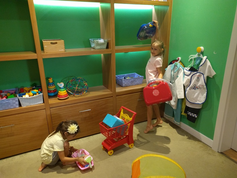 Holiday with kids, Tree House Kids Club, Hilton RAK, Dubai Mums