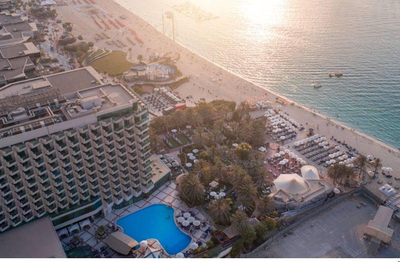 Hilton Dubai Jumeirah offers AED 129 for beach and pool access, fully redeemable on food and beverage