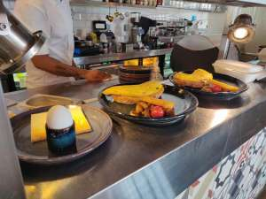Anantara Dubai, Anantara The Palm Dubai Resort, dubai mums, staycations with kids, dining out